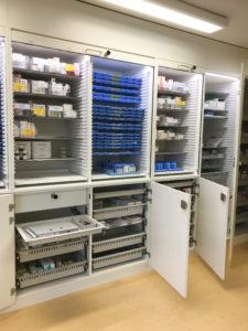 seniorenzentrum einrichtun medikamentenschrank wiegand 02. Black Bedroom Furniture Sets. Home Design Ideas